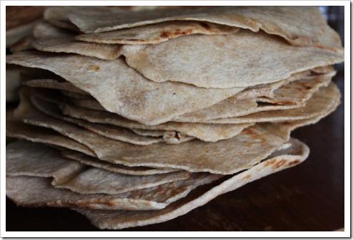 Homemade Whole Wheat Tortilla Recipe (2) (475x317)