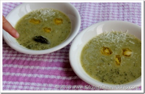 Blended Green Soup with Asparagus