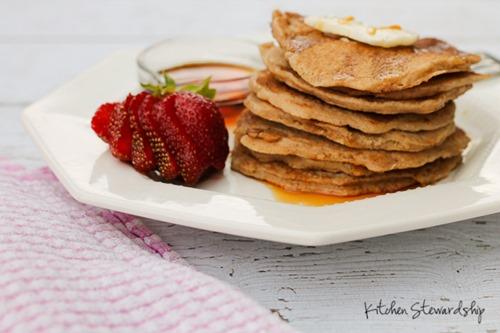 Easy Fluffy Whole Grain Pancake Recipe