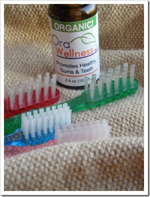 Orawellness Bass toothbrushes and essential oil brushing blend (12) (356x475)