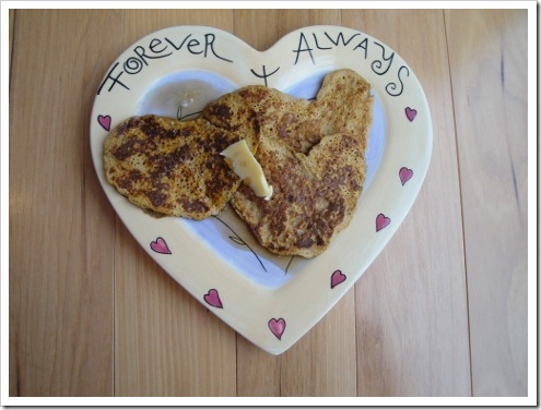 Heart Shaped Pancakes (6) (475x356)