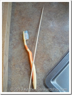 toothbrush and skewer stick for doing dishes