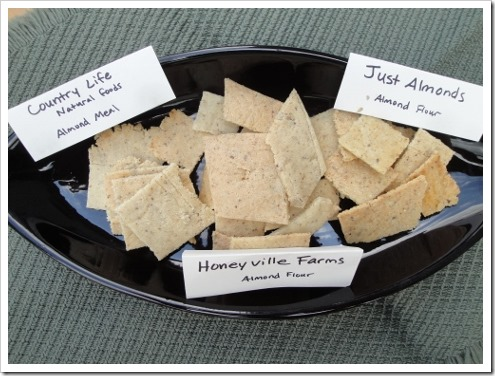 almond flour crackers comparison (4) (475x356)