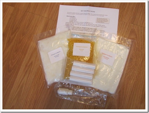 1- MadeOn DIY kit contents (475x356)