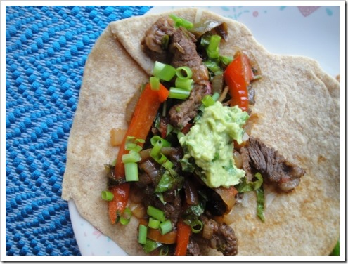 Mexican beef fajitas with greens (8) (475x356)