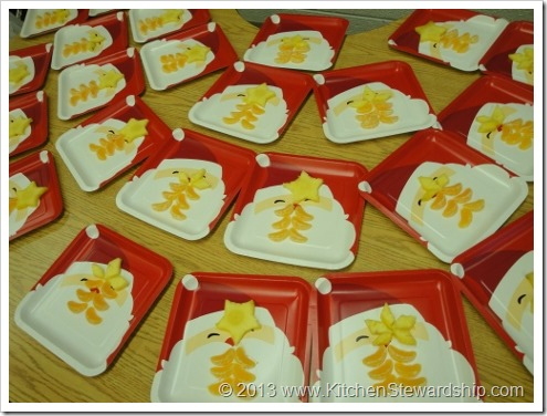 Healthy Christmas Tree Food Art for kid party - fruit version