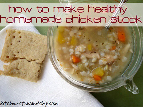 homemade healthy chicken stock with gelatin