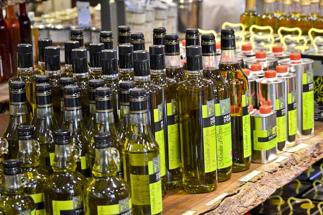How to Buy and Use Olive Oil