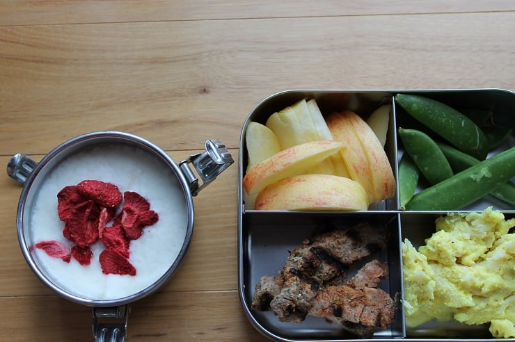 Healthy lunch in a stainless steel container - over 70 ideas and tips for school lunches!