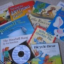 Simple, Frugal Homemade Gifts for Kids: Books on CD, Playdough Kits, Bathtime Fun