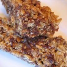 FREE Download: Soaked or No-Bake Granola Bars