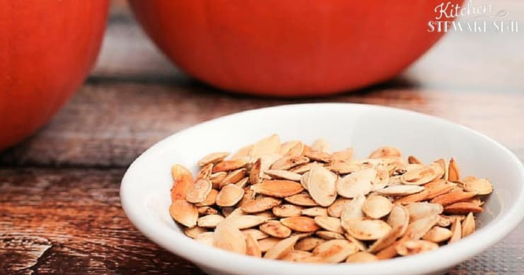 Crispy soaked pumpkin seeds in a bowl