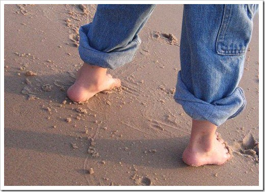 feet on the beach full sz
