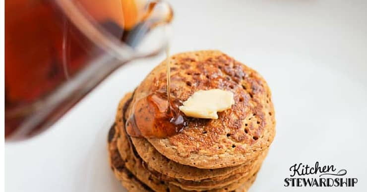 grain-free pumpkin pancakes - get veggies in breakfast!
