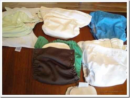 Cloth Diaper Reviews: What's the Best Cloth Diaper For You? Overwhelmed with all the cloth diaper options? One rookie mom tried 25 brands on a real baby - Incredibly comprehensive cloth diaper review covers cloth how tos, pros and cons, AND no-leak solutions, with photos, video and text all in one place. Reviews pocket cloth diapers, all-in-twos, AIOs & fitted cloth diapers with covers.