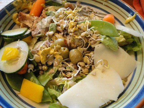 salad with fish (3) (475x356)