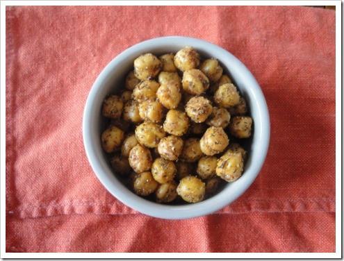 crispy roasted chickpeas (4) (475x356)