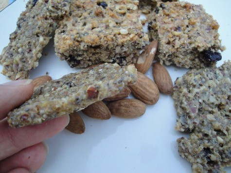 grain free quinoa high protein bar recipe (48) (475x356)
