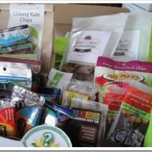 A Box of Surprise Healthy Snacks, on Your Doorstep? Yes, Please {GIVEAWAY-NOW CLOSED}