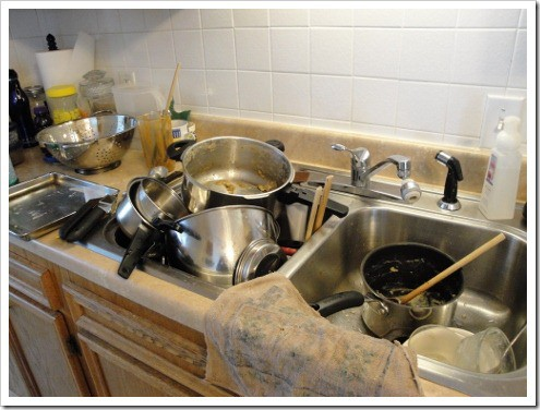 Dirty dishes in your workspace can make cooking time stressful. Check out these tips for reducing kitchen stress.