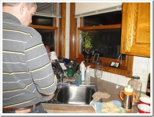 How to Get Your Husband to Do More Dishes Happily (2) (475x356)