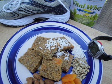 Protein packed snacks for real normal exercise - grain-free quinoa high protein bars