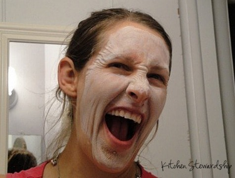 Redmond Clay mask to fight candida rashes naturally