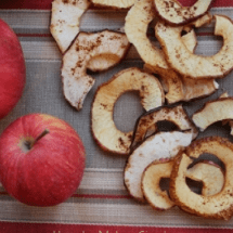 A Real Food Appreciation Note to Mom (& a Recipe for Crispy Baked Apple Chips)