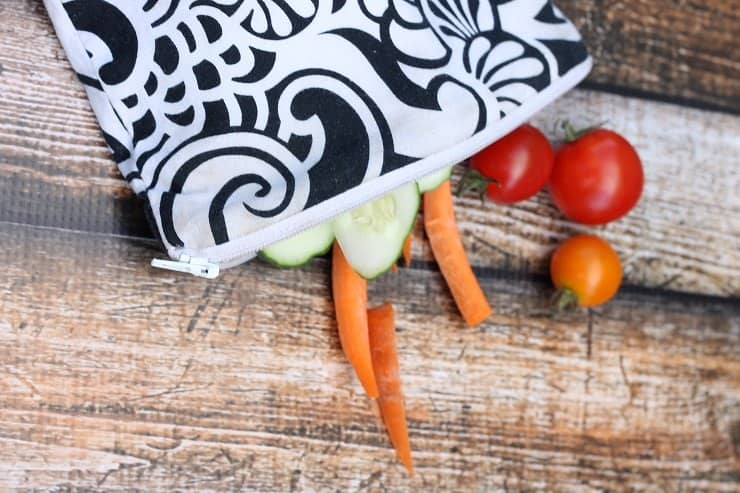 Itzy Ritzy reusable sandwich bag for kids at lunch - best ever!