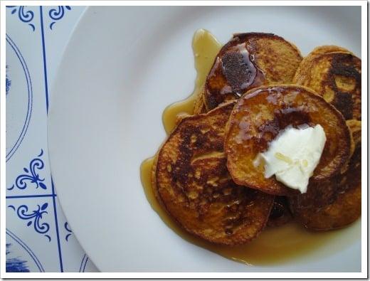 grain-free pumpkin pancakes (9) (500x375)