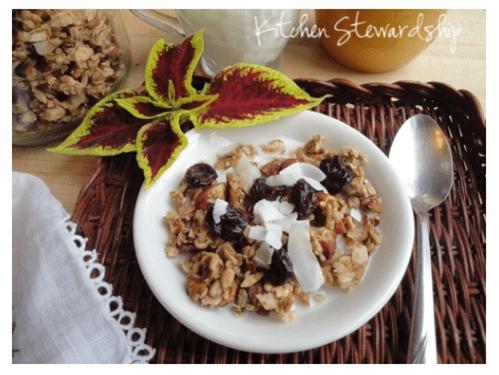 Cardamom Spiced Nutty Grain-Free Granola