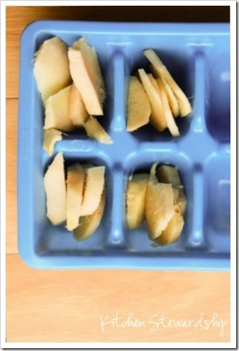 How to Freeze Ginger in ice cube trays