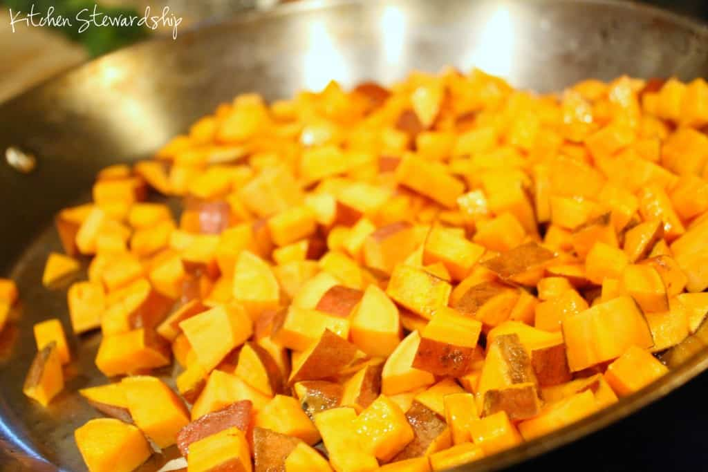 Paleo & Whole30 Easy Sweet Potato Egg Hash Recipe