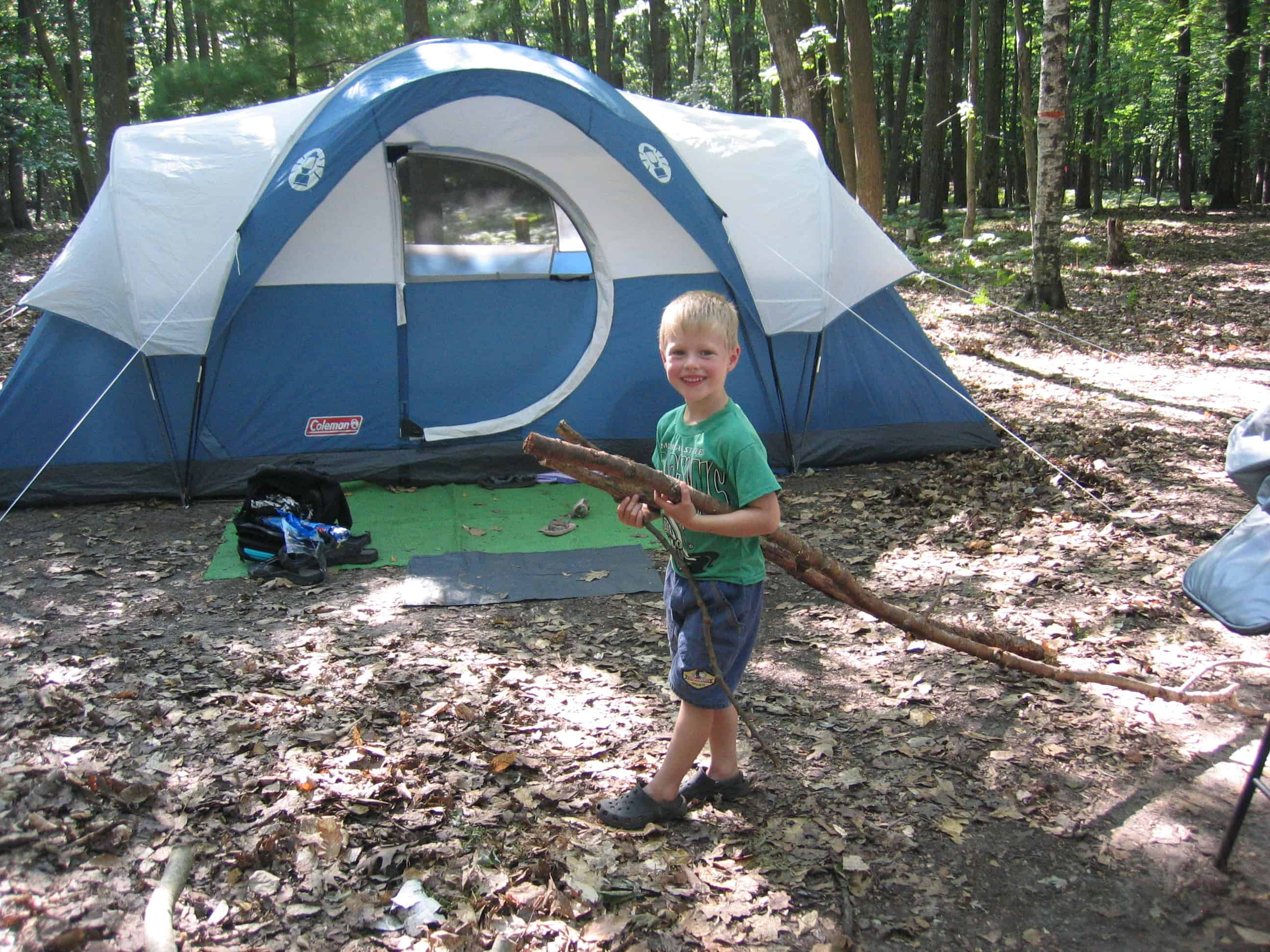 camping with natural bug repellent