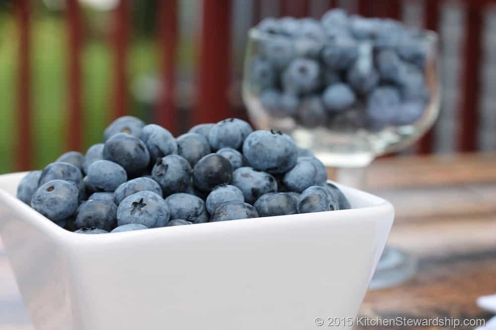 Naturally Easing constipation in toddlers. Advice from fellow moms. Try eating more fruit such as blueberries.