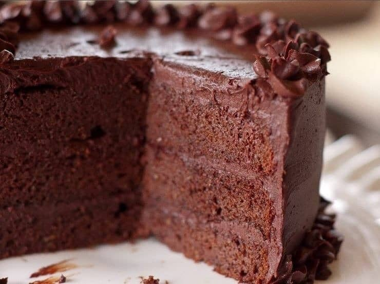 Grain free sugar free Chocolate Cake from Eat Beautiful