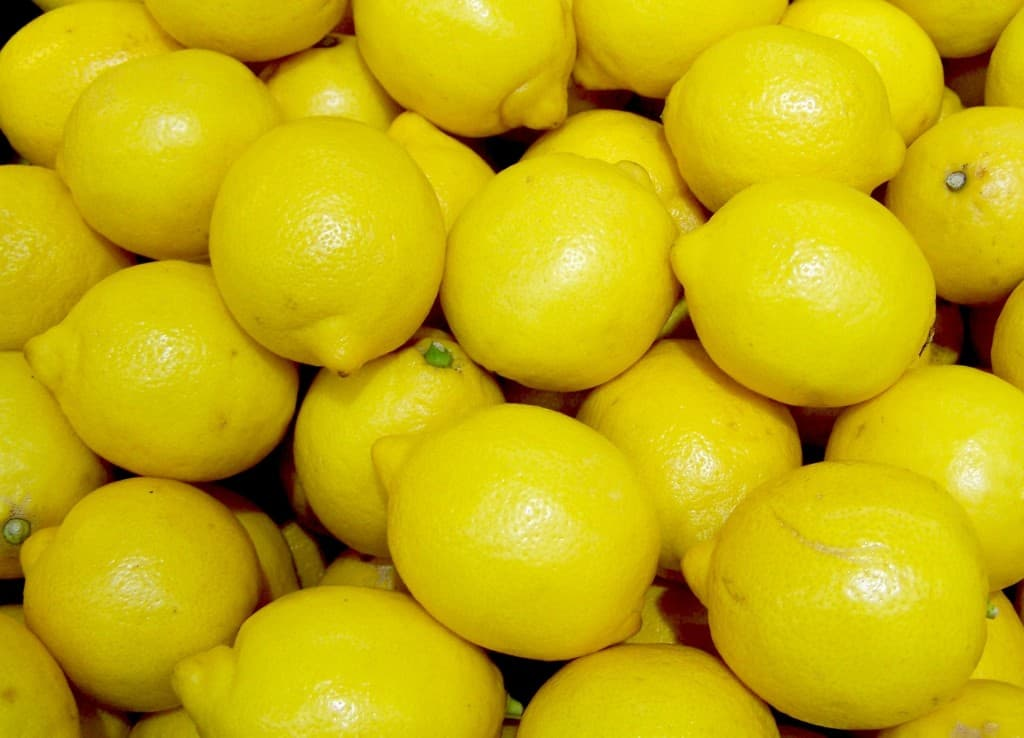 You've got to try this tip: add citrus to your Recipes to brighten and enhance flavor...here are some easy ways to do it!