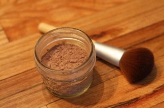 Safe, All Natural DIY Face Powder…With Only Two Ingredients!