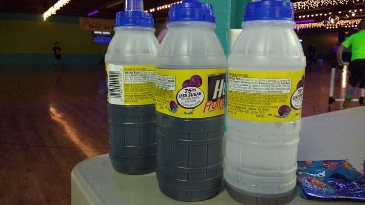 artificial sweeteners in kids' juice at the roller rink