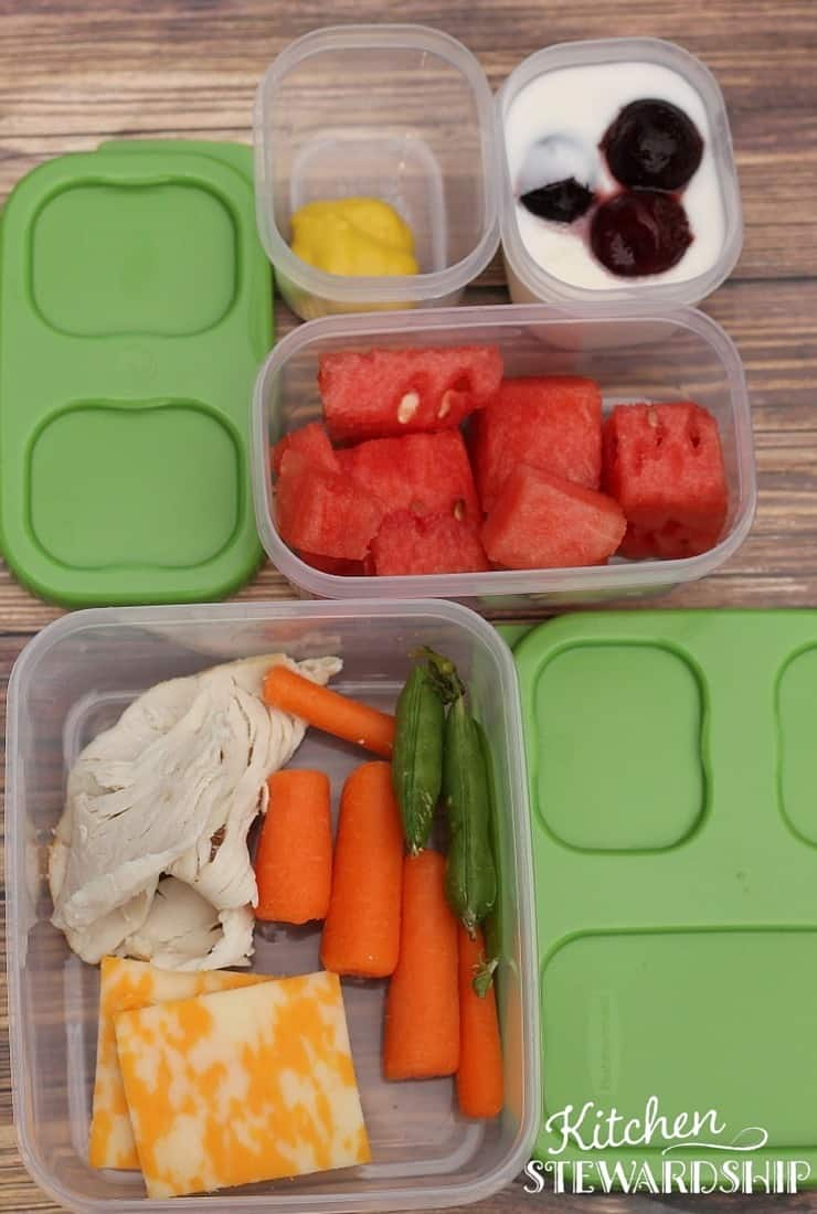 Rubbermaid Lunchblox fill the squares with healthy foods for school lunch