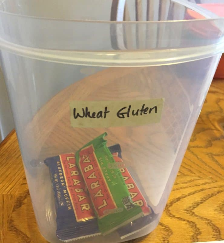 How to clean gluten from your kitchen - Kitchen rules to avoid cross-contamination