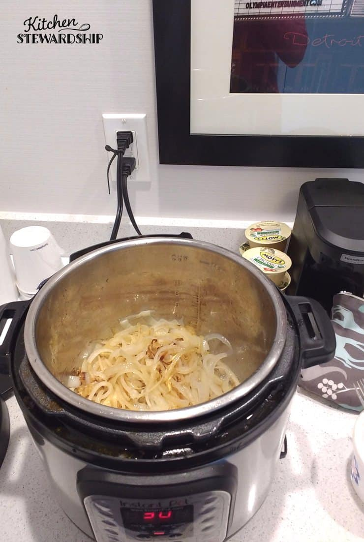 cooking with an Instant Pot while traveling in a hotel room