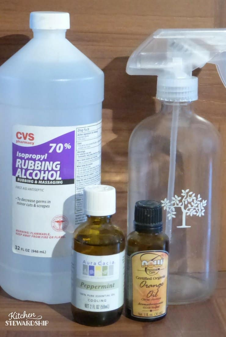 3 easy ways to freshen your home with essential oils - don't need a lot of supplies or expensive items. Easy to make air freshener using ingredients you probably already have on hand.
