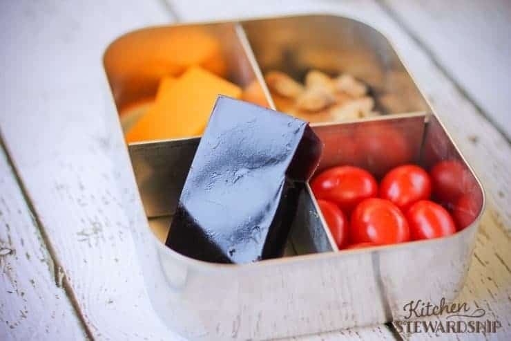 Lunchbox with homemade gelatin squares