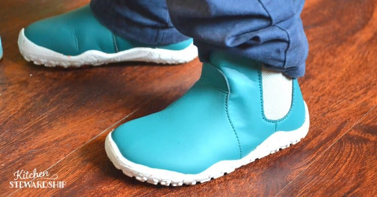 Boy in minimal boots, minimalist boot