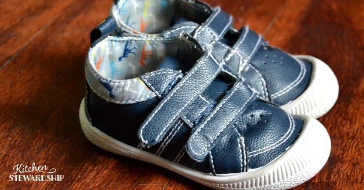 Minimal toddler shoes, barefoot shoes for kids