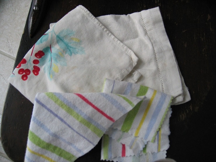reusable handkerchiefs and cloth napkin alternatives you can use as toilet paper