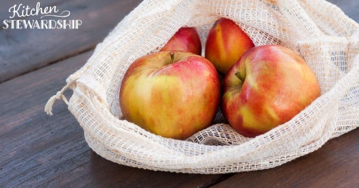 reusable grocery bag of apples