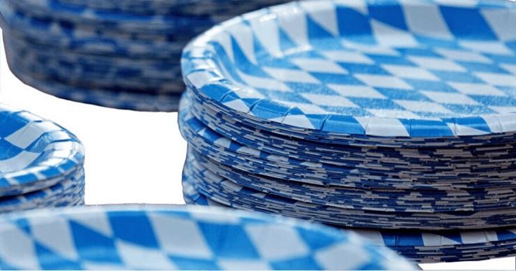 disposable plates, plastic plates