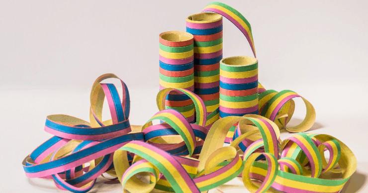reduce holiday waste ribbon